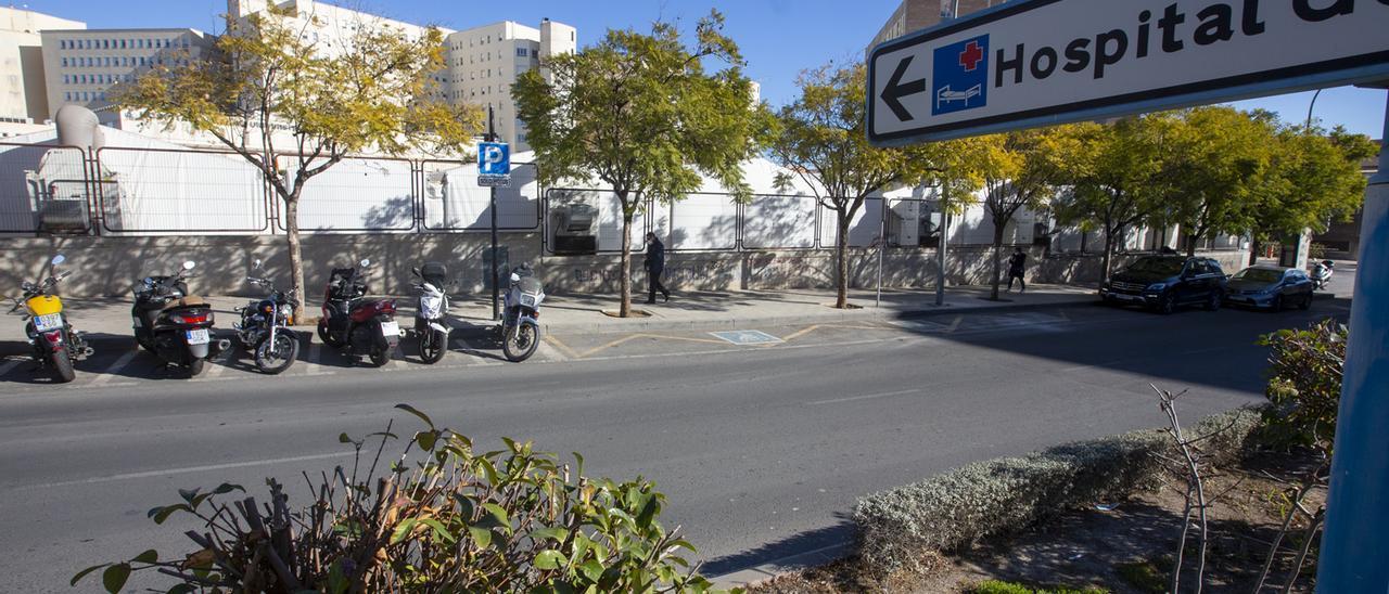 Exterior del Hospital General de Alicante.