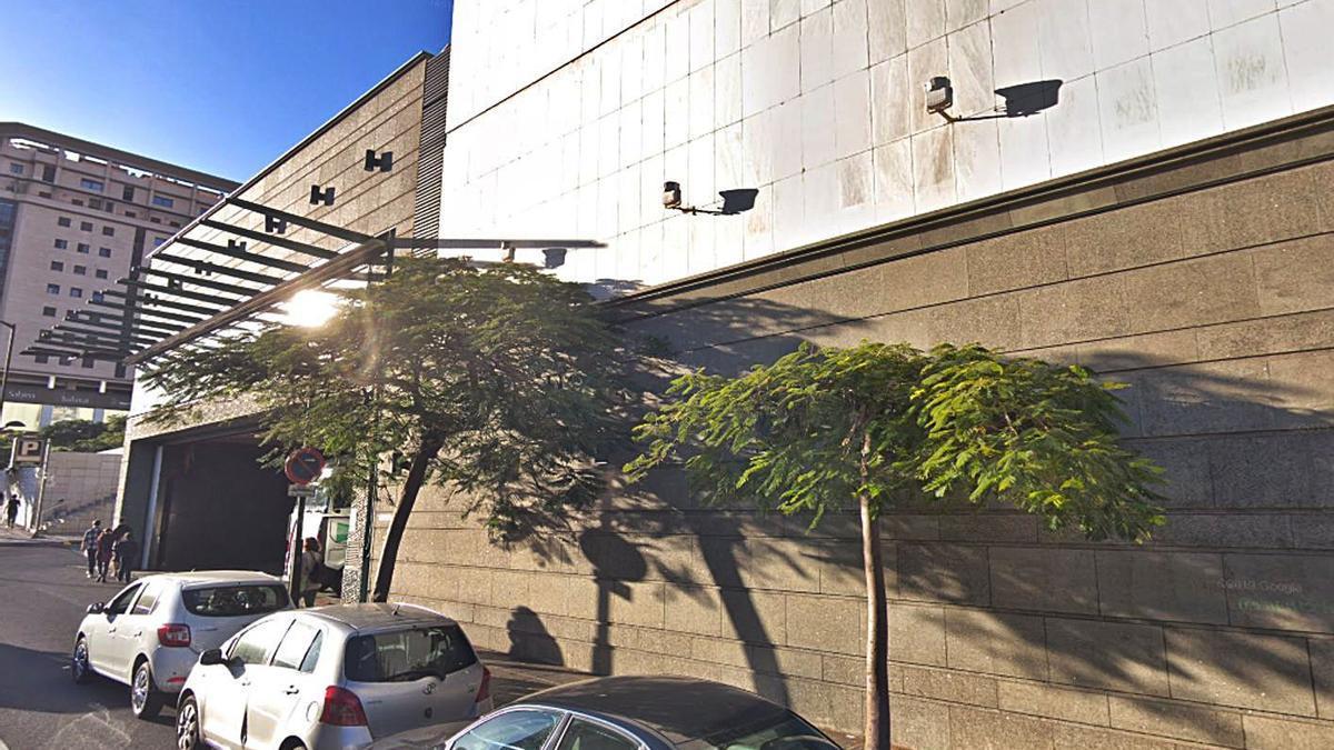 Parking de El Corte Inglés, en Santa Cruz de Tenerife. | | E.D.