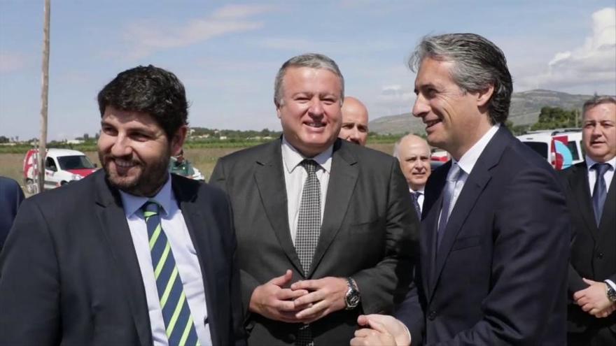 De la Serna llevará al Consejo de Ministros el tercer carril de la A-7
