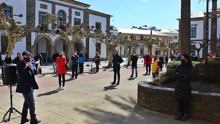 """El transporte gratuito a institutos y centros de FP es """"fundamental"""", claman las familias"""