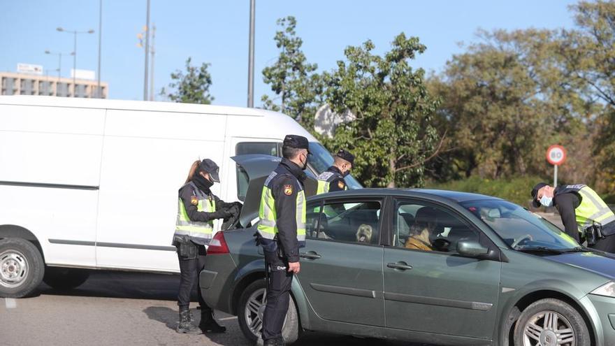 Controles en las entradas a València