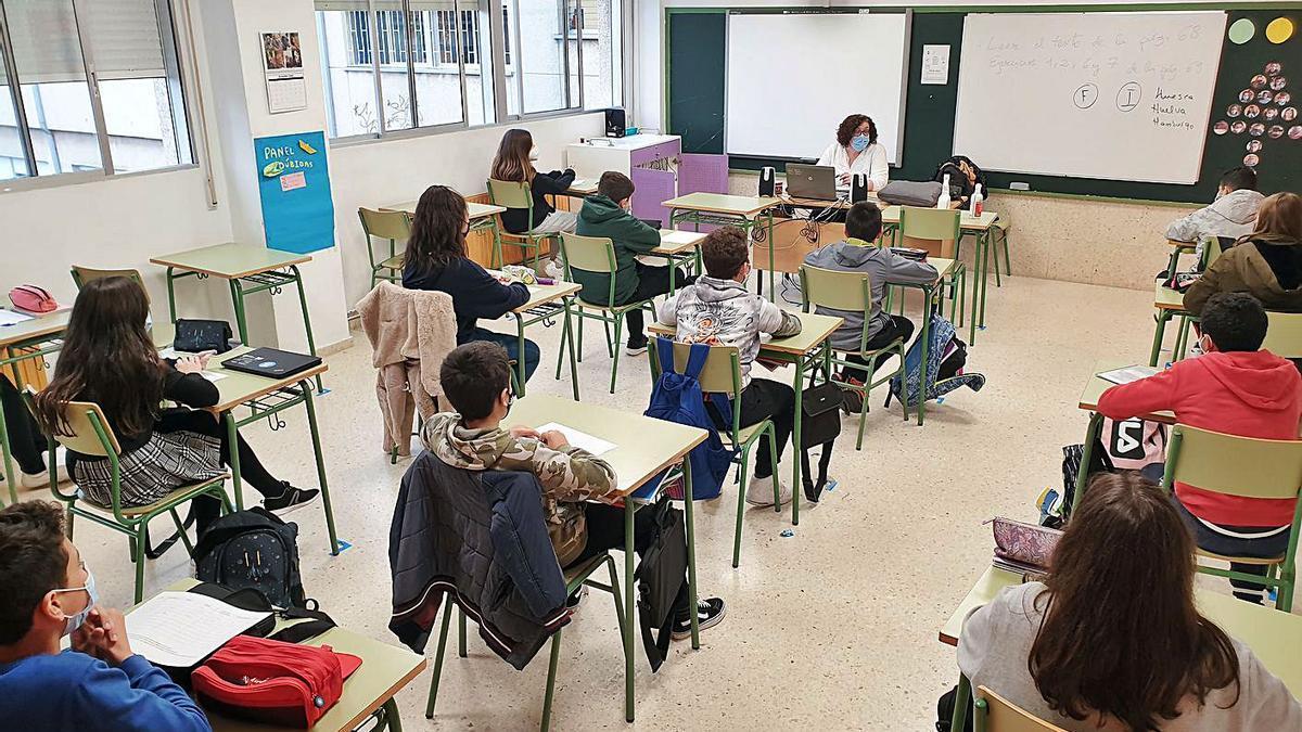 Un aula del IES de Teis, en una clase al término de la primera evaluación.