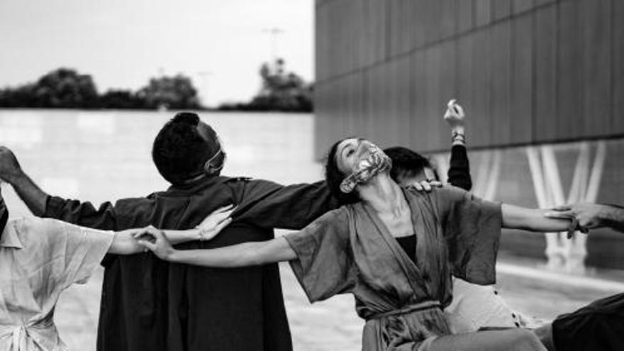 """El Aula de Danza Contemporánea de la UA estrena """"El festí de les bèsties"""""""