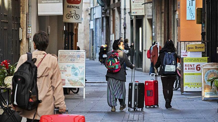 València bloqueará dos años las fincas enteras de apartamentos