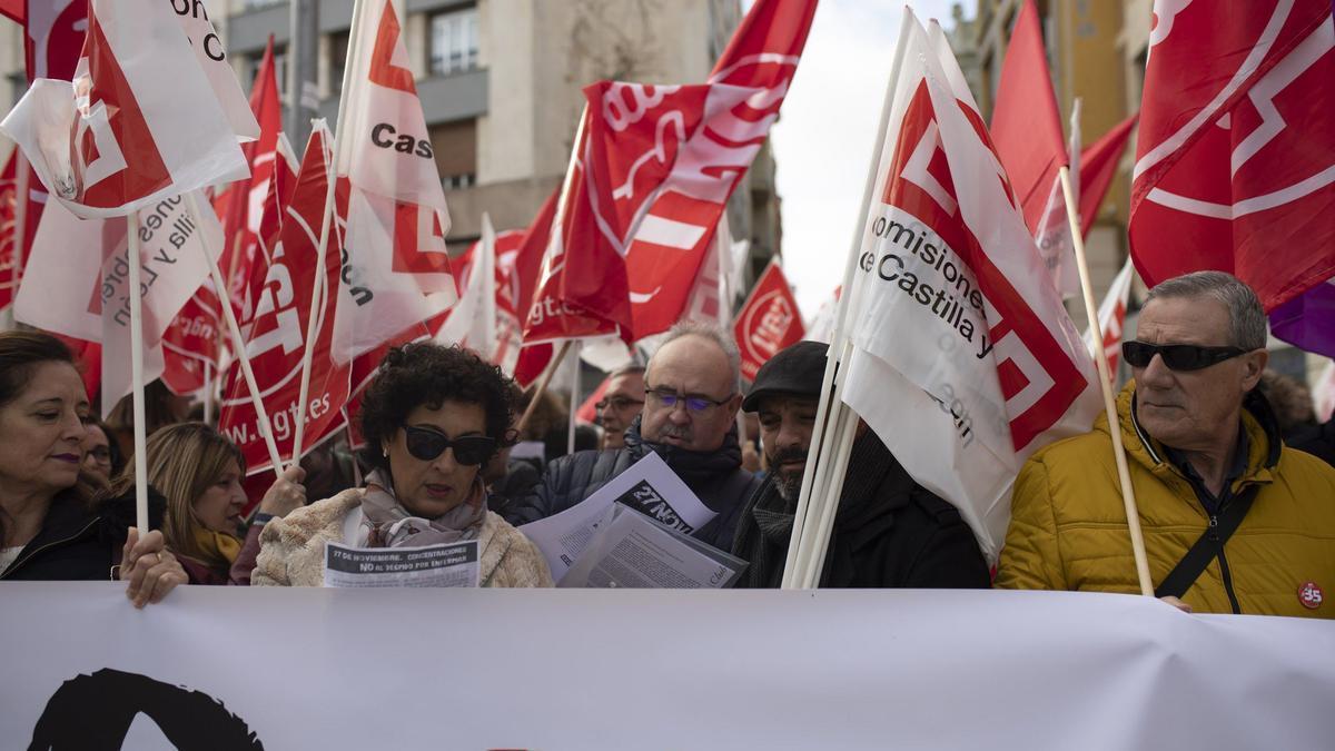 Una protesta de UGT y CC.OO en Zamora