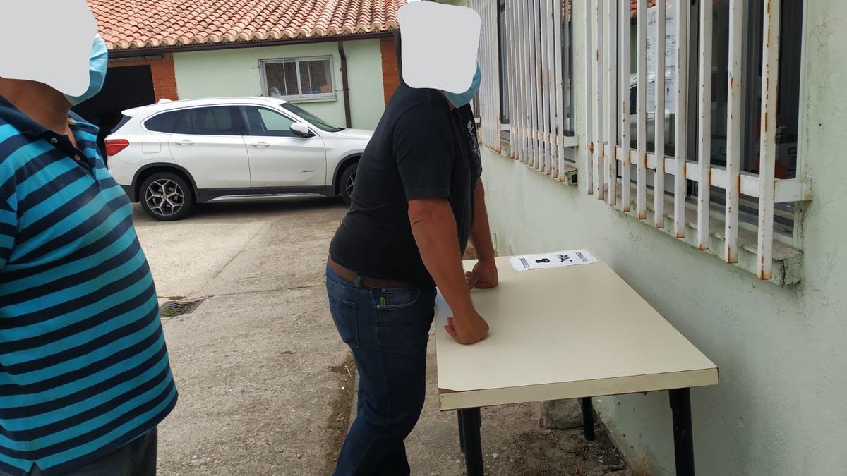 Gestiones administrativas desde la calle en Bermillo