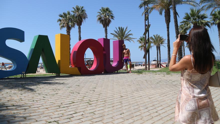 L'arribada de turistes estrangers a Catalunya durant el primer semestre cau un 57,8% per la pandèmia