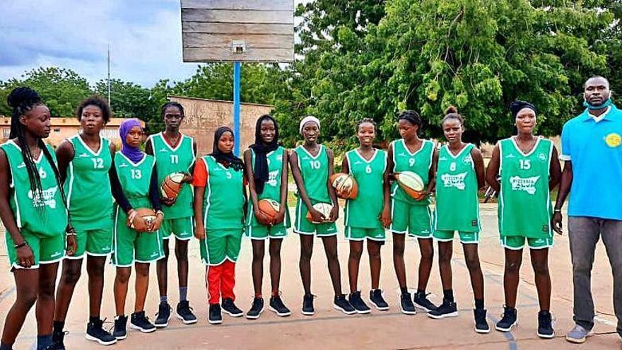 La senegalesa Union Sportive Koldoise ya luce los colores de A Illa