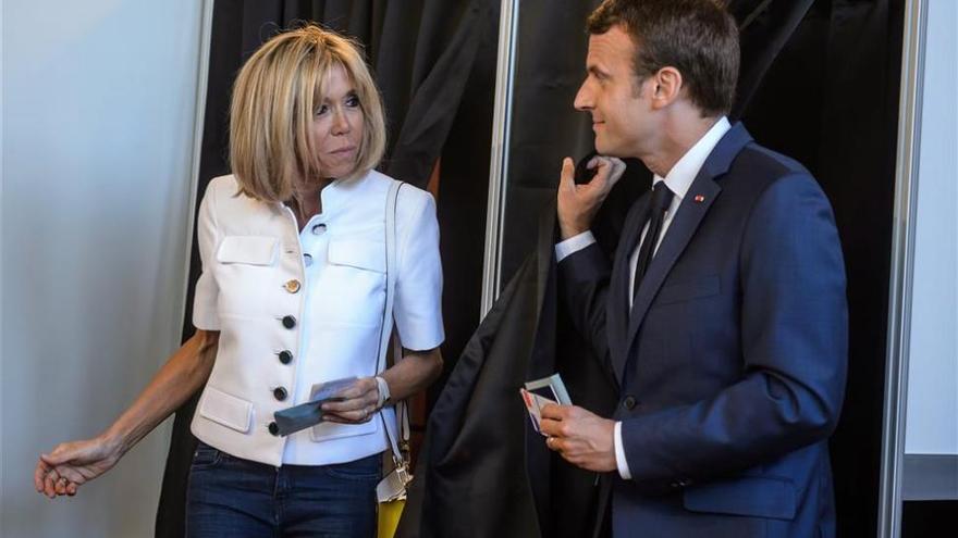 El partido de Macron obtiene alrededor del 30% de los votos según sondeos