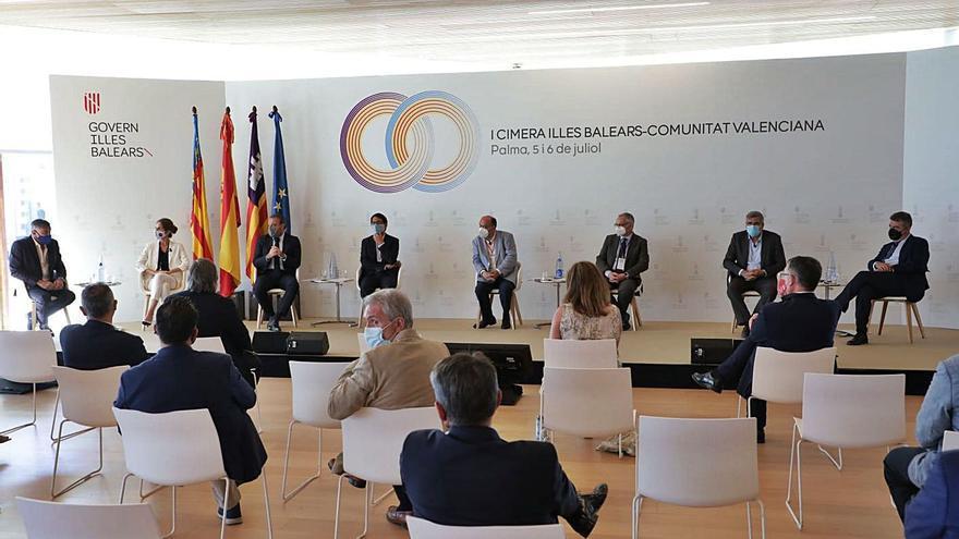 Acuerdo para impulsar con fondos de la UE la economía vinculada al Mediterráneo