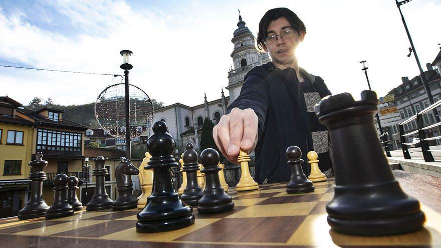 """Los errores y los aciertos de """"Gambito de dama"""":  el ajedrecista Samuel Castelao analiza la exitosa serie de Netflix"""