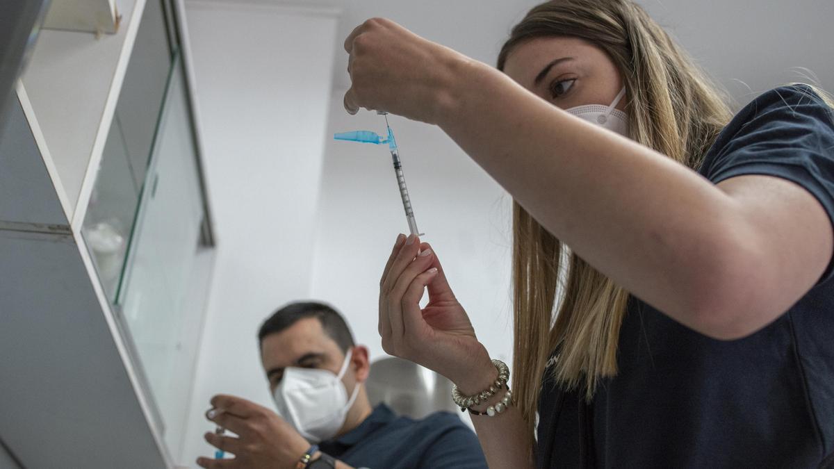 Vacunación a domicilio en O Carballiño
