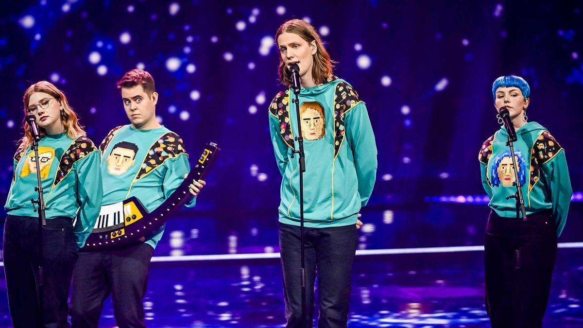 Daoi i Gagnamagnio, interpretant la cançó Islandesa a Eurovisió