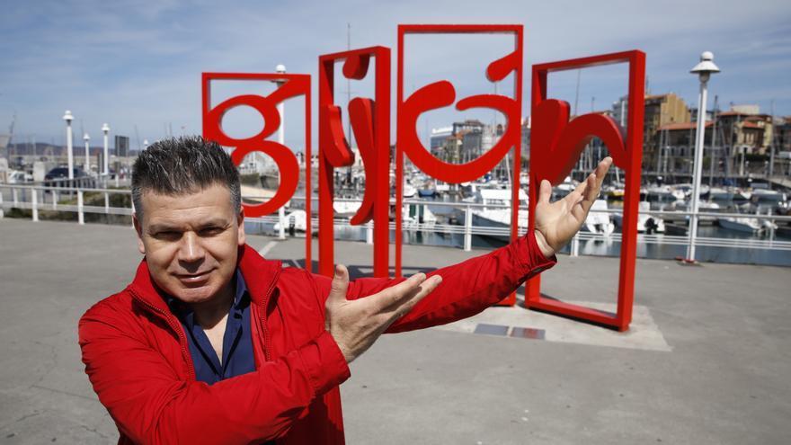 """Un excandidato a Eurovisión le dedica una canción a Gijón: """"Es puro ritmo"""""""