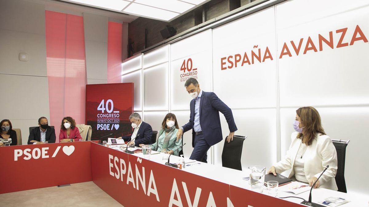 Pedro Sánchez, antes del arranque de la última reunión de la actual ejecutiva federal del partido.