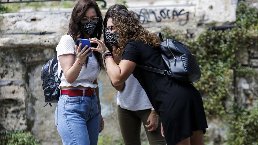 Un 12,2 % de los jóvenes vuelve a casa de sus padres en la pandemia