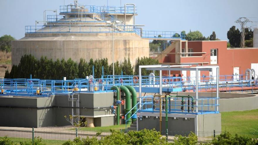 Vila-real achaca a la EPSAR el retraso en la supresión de la depuradora Vora Riu