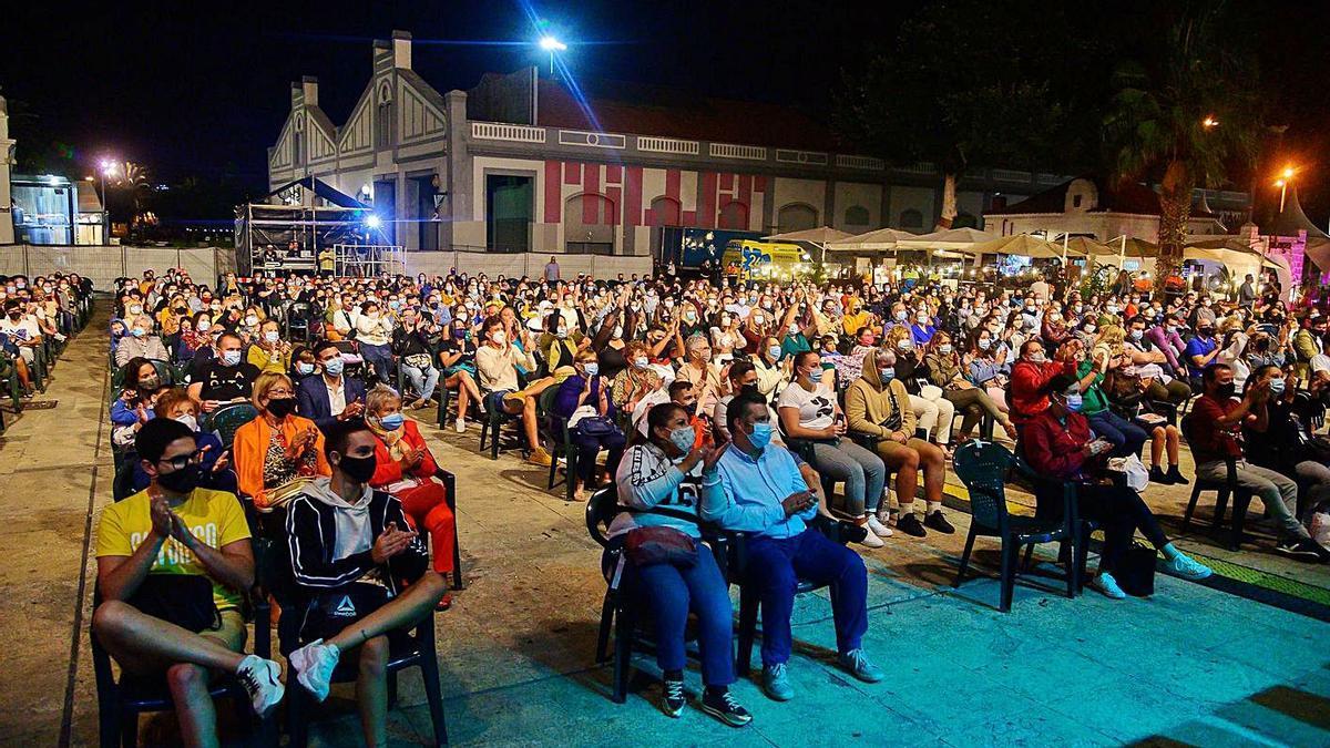 El público asistente a uno de los espectáculos de la pasada edición del 24º Festival Temudas, el pasado 2020. | | LP/DLP