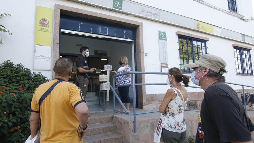 El paro desciende en 69.159 personas en julio en Andalucía, que registra 828.496 desempleados