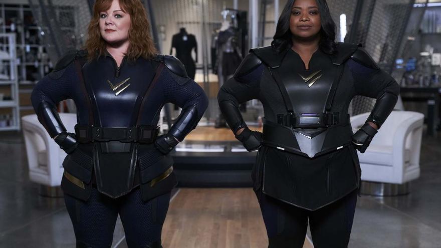 'Patrulla Trueno': dos superheroínas y un cangrejo