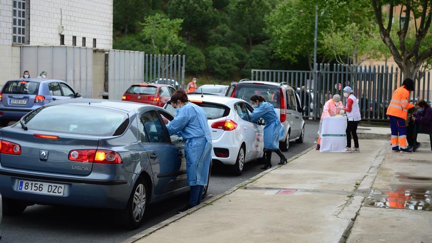 Más de 1.400 personas están citadas para vacunarse este martes en Plasencia