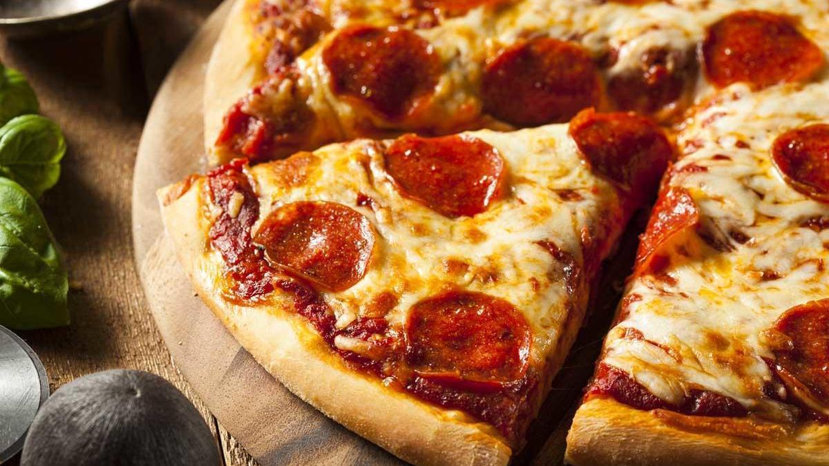 Pizza casera al microondas.