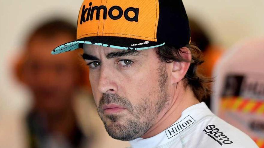 Fernando Alonso no da pistas sobre su futuro
