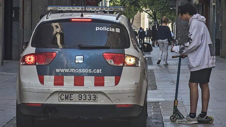 La policia multa 95 conductors de patinet aquest any a Manresa