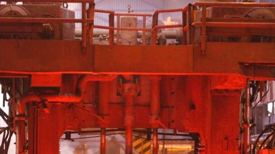Arcelor quiere recortar 15 empleos en el taller de chapa de Gijón