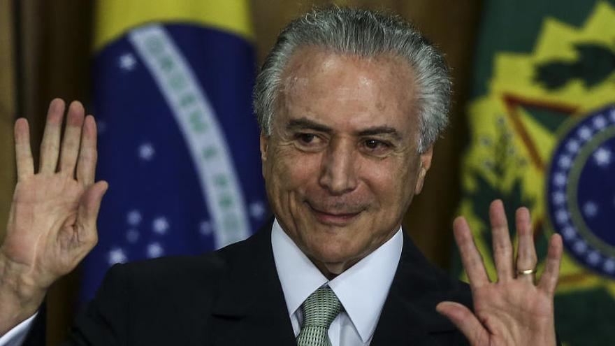 """Temer, acusado de ser el """"jefe de la mayor organización criminal"""" de Brasil"""