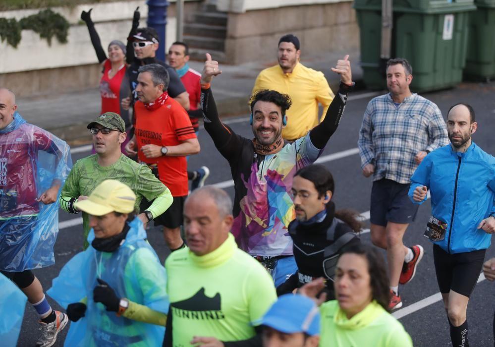 Unas 5.500 personas participan hoy en las pruebas más esperadas del calendario de los corredores - De los inscritos, un total de 1.271 atletas harán el maratón, programado por la vigésima edición.