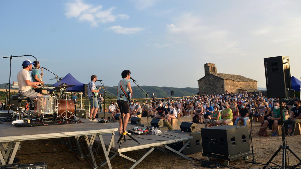 La banda catalana Manel, en el concierto que ofreció este viernes.