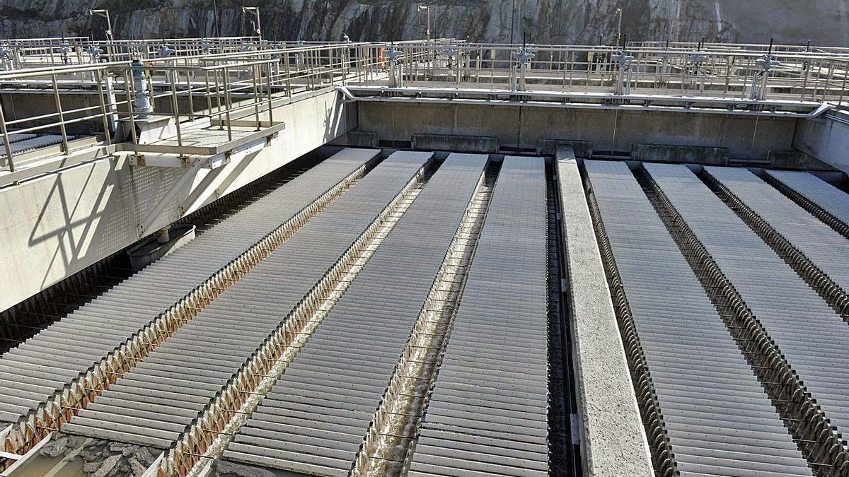 Vista parcial de las instalaciones de la EDAR Bens, en A Coruña. |   // VÍCTOR ECHAVE