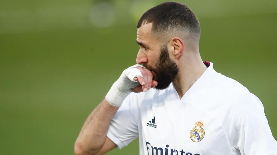 Un Real Madrid herido visita al colista Huesca