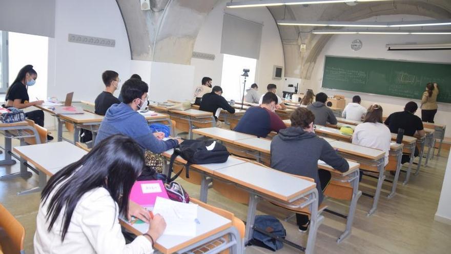 La evaluación continua y los exámenes abren una grieta entre la UPCT y sus alumnos