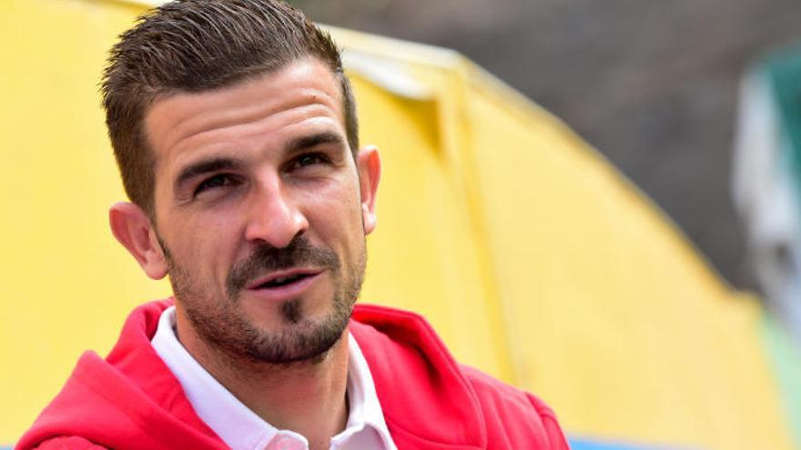 Javi Varas se retira del fútbol