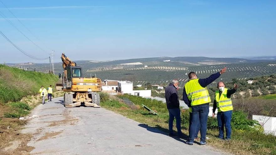 Empieza la obra de la carretera de Fuente don Marcelo en Aguilar de la Frontera