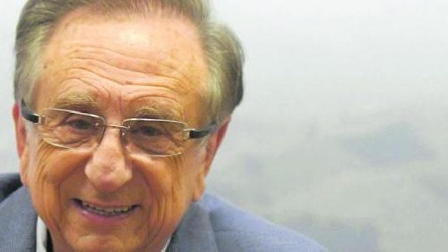 """Tomás Fuertes: """"La diversificación nos debe permitir seguir otros 67 años"""""""
