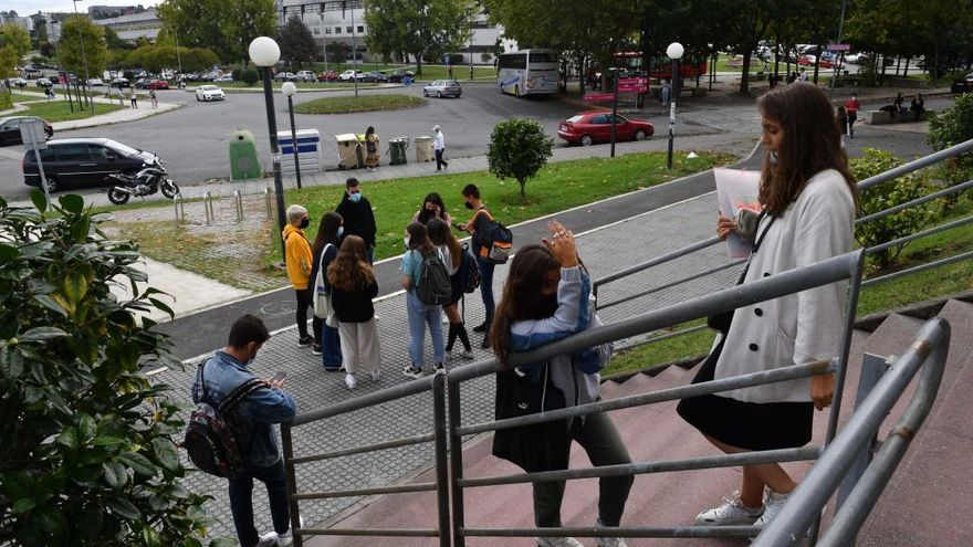 Castilla y León bajará el precio de la matrícula universitaria
