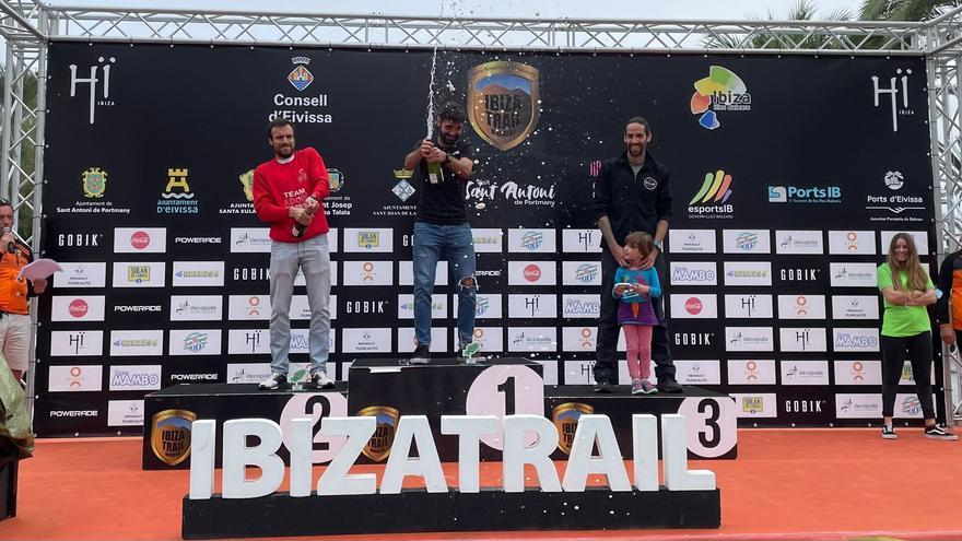 El ilicitano Adrián Irles estaba de vacaciones en Ibiza, corre el 10k y gana