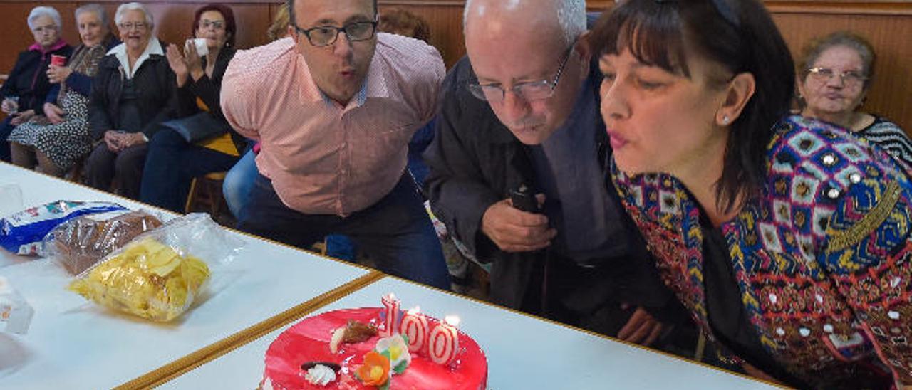 Santa Lucía celebra cien años del templo