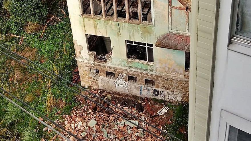 La Xunta pidió un plan de rehabilitación de la Casa Carnicero y no autoriza su derribo