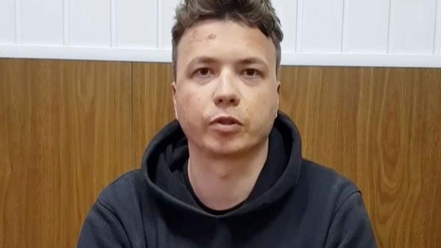Qui és Roman Protasevitx, el periodista detingut a Bielorússia?