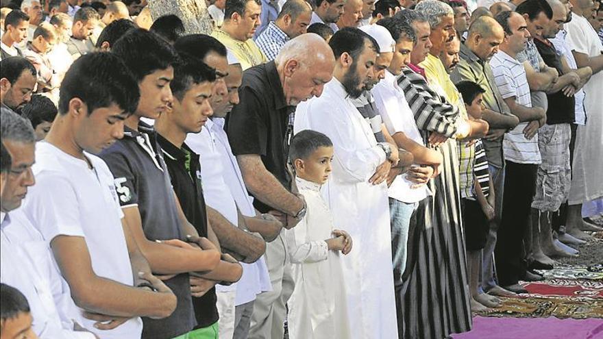 Las AMPA no quieren religión islámica ni católica en el aula