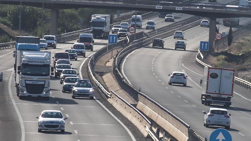 El Ministerio de Transportes licita las obras de rehabilitación del firme de la A-7 entre Crevillent y  Murcia