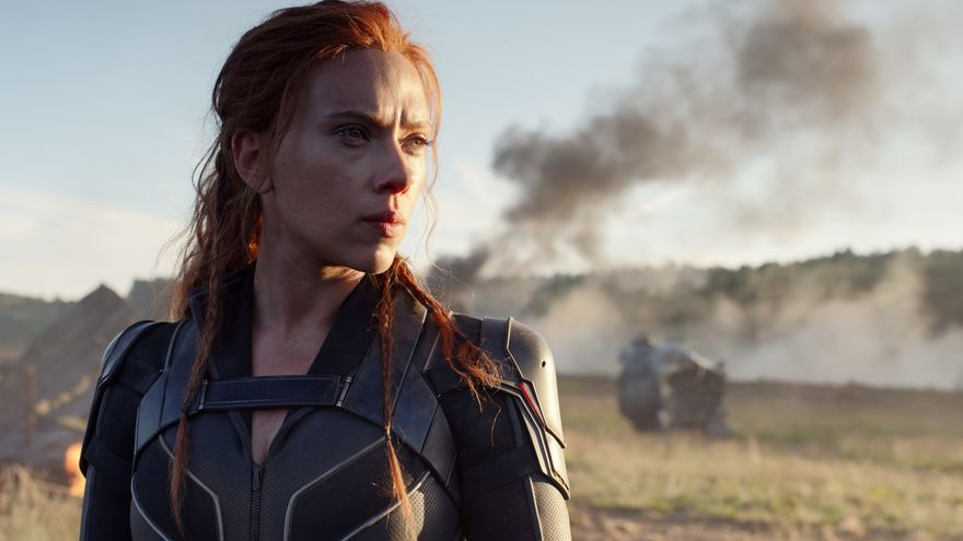 Scarlett Johansson es torna a posar en la pell de la Viuda negra en el film que arriba als cinemes i a Disney+