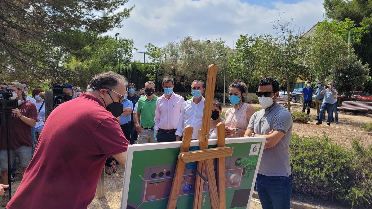 Mollà visita la infraestructura de Guardia en Riba-roja y Paterna