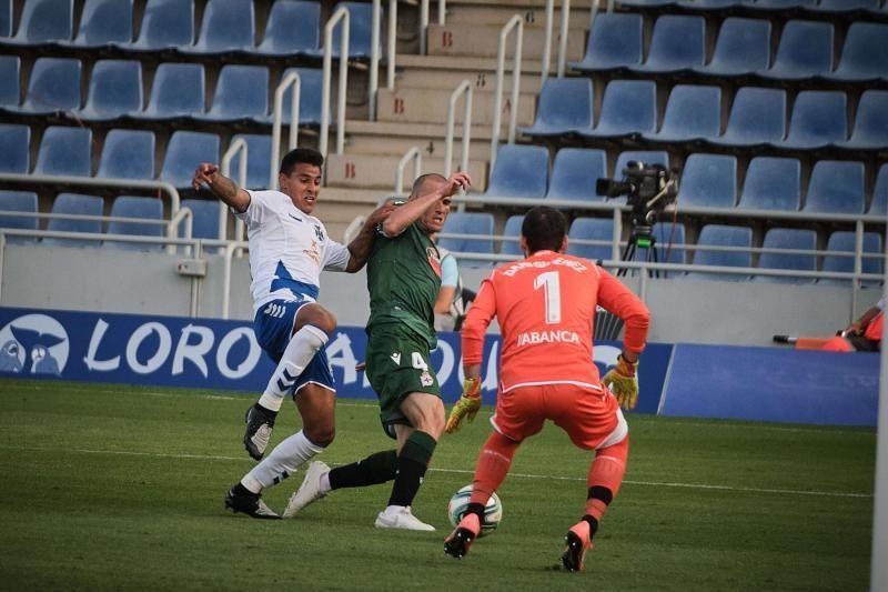 Encuentro entre el CD Tenerife y el RC Deportivo