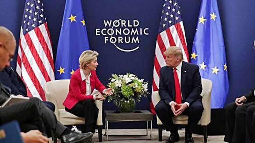 Trump presumeix de gestió econòmica davant l'elit política i econòmica a Davos