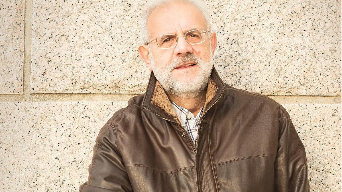 Pepe Carballude, escritor.